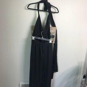 Dresses & Skirts - Large/xl black maxi multi way wrap dress